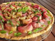 Gingered Rhubarb Tart with Mint 3