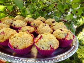 Jostaberry Muffins With Crumbles 2