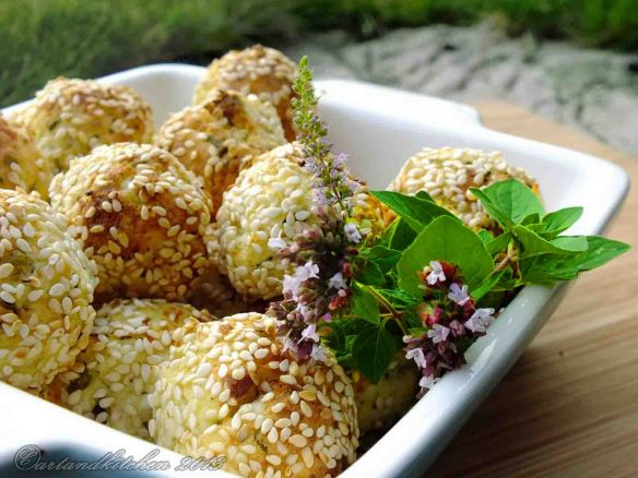 Cheese Balls with Sesame