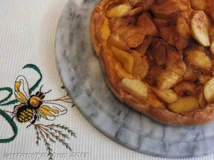Puff Pancake with Honey-Apple Filling 5