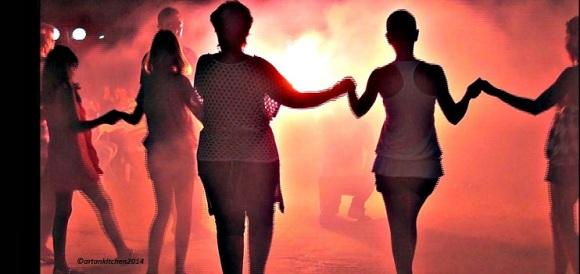 Kalives-port-festival_dancing1