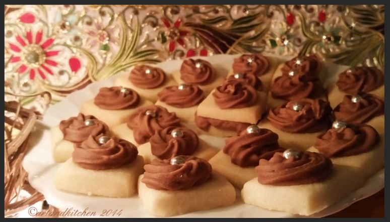 Sugar Cookies with Moche Icing jewels