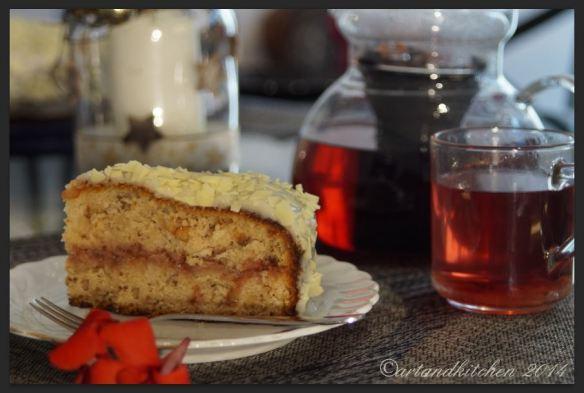 White Christmas Dream Cake 3