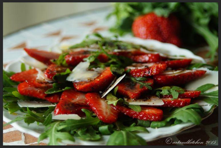 Insalatina di Rucola e Fragole al Balsamico – Arugula and Strawberry Salad with Balsamic Dressing 1