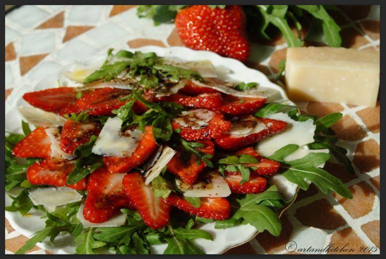 Insalatina di Rucola e Fragole al Balsamico – Arugula and Strawberry Salad with Balsamic Dressing 2