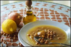 Revithia Soupa -  Greek Chickpeas Soup