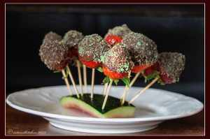 Strawberries-Coated-with-Chocolated-and-Minted-Sugar