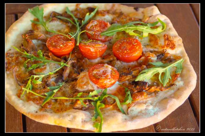 pizza-with-chanterelles