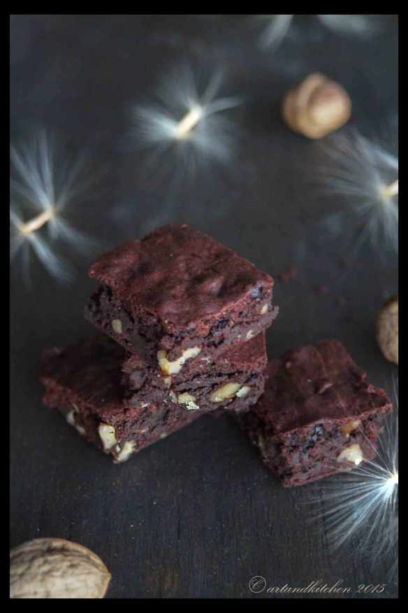 Choco-Brownies-with-Walnuts