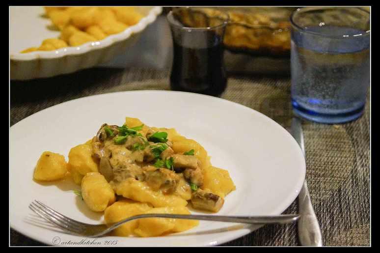 Gnocchi-di-Zucca-con-Salsa-ai-Porcini