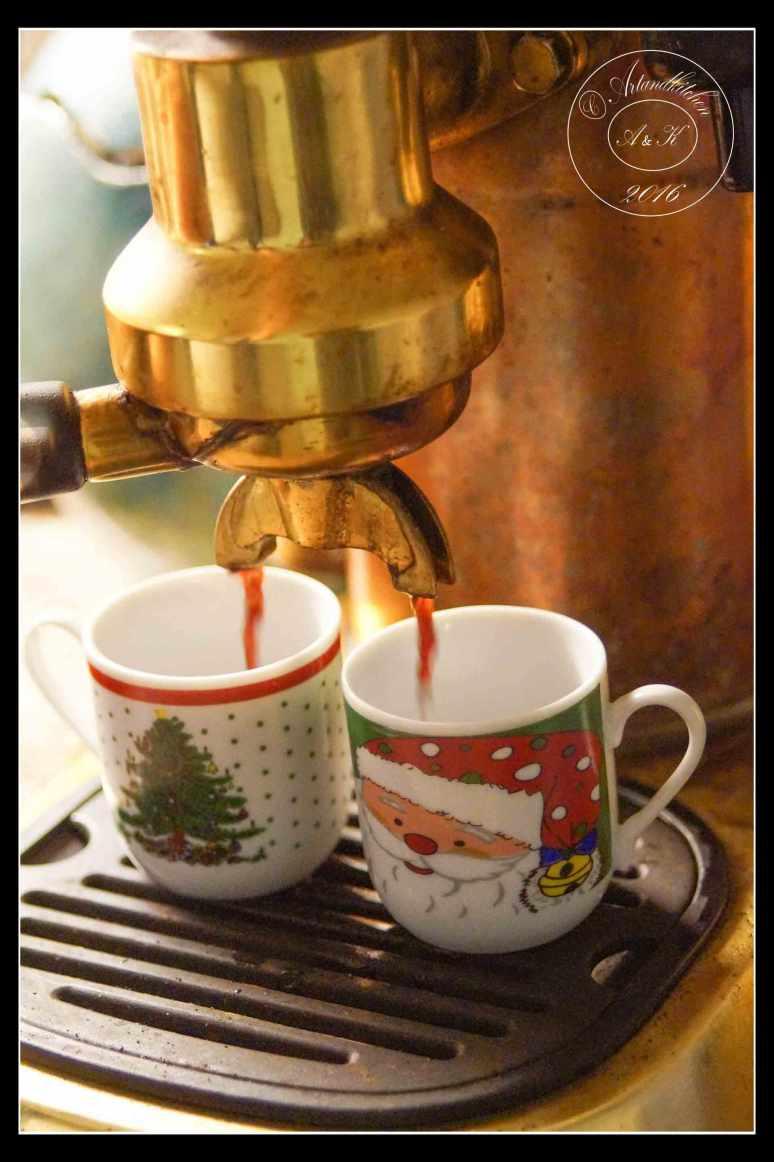 Christmas-Coffee-4