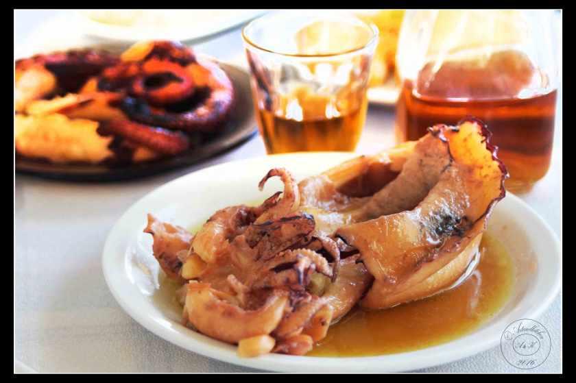 Cuttlefish-in-Wine-Sauce-Soupies-Krasates