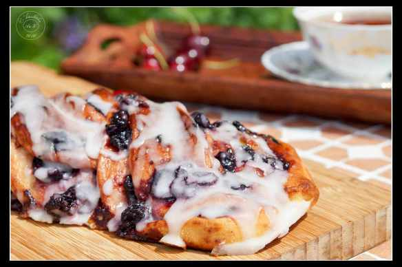 Cherry-Twist-Bread-with-Sourdough-3