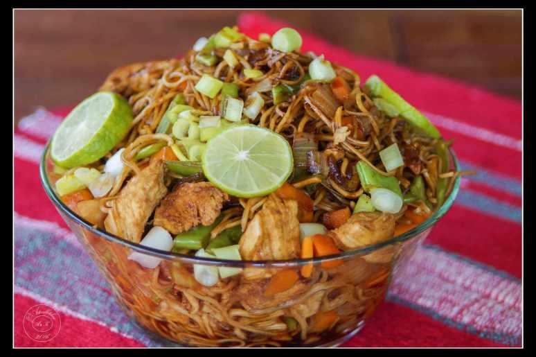 Pancit-–-Filipino-Fried-Noodles