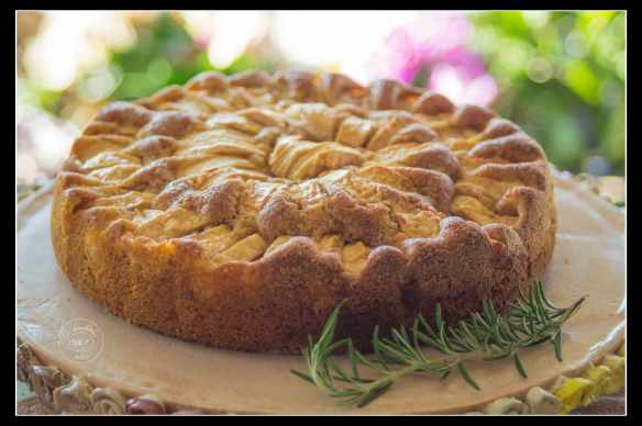 apple-cake-with-rosemary-4