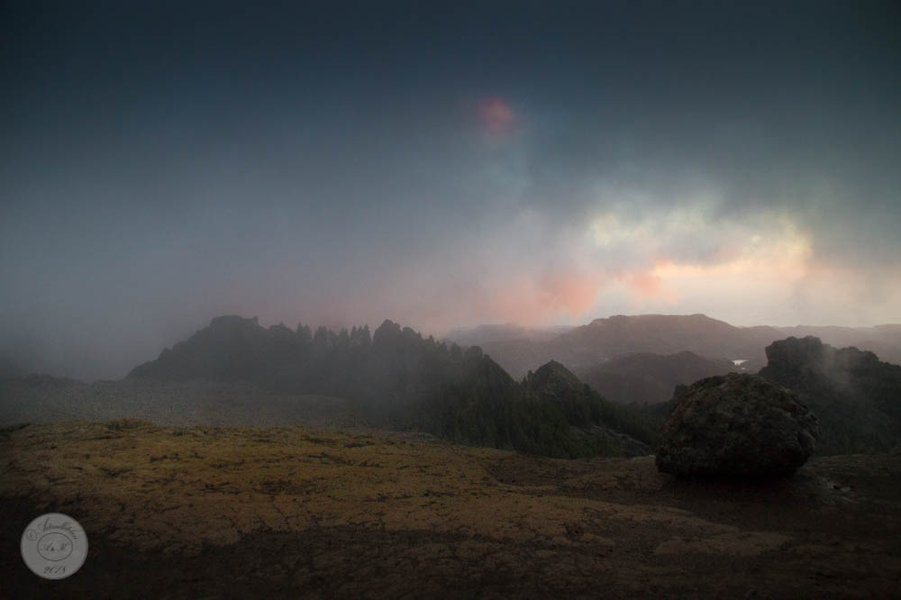 Gran Canaria: Roque Nublo. Mood: Reaching theClouds